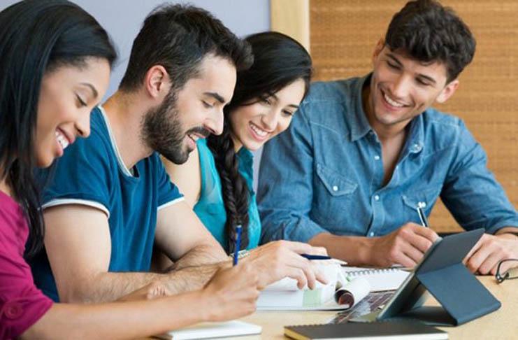 learn-spanish-in-spain-best-schools-stdents-741x486